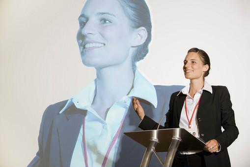 5 key body language techniques of public speaking.