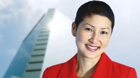 Smiling_Asian_Woman_446x251